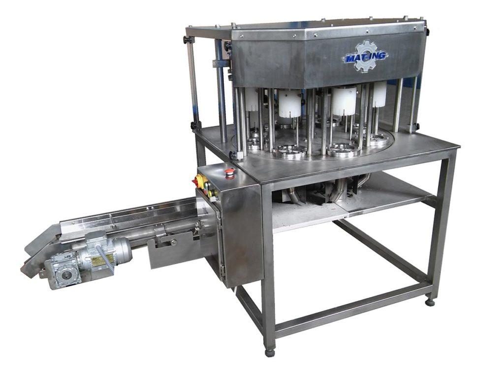 Mašina za rezanje jabuke na kriške sa vađenjem semene lože